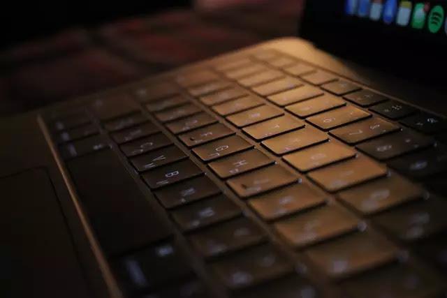 إعادة تعيين مفاتيح لوحة المفاتيح في جهاز كمبيوتر يعمل بنظام وينذوز10