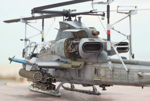Bell AH-1Z Viper engine