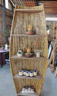 kerajinan dari bambu, meja cantik