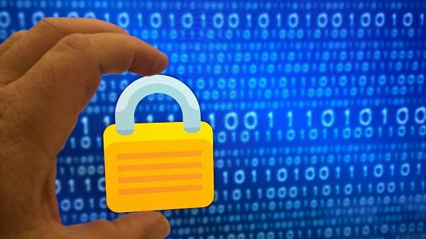 لماذا يجب ان تستخدم المصادقة الثنائية لحماية حساباتك من الاختراق