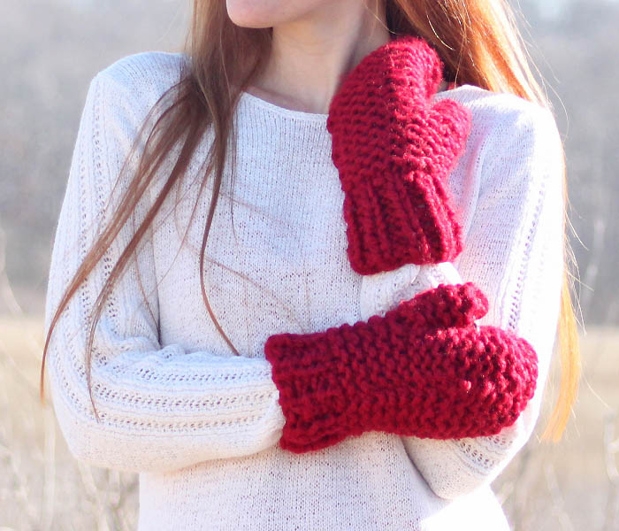 Easy Chunky Mittens Knitting Pattern - Gina Michele