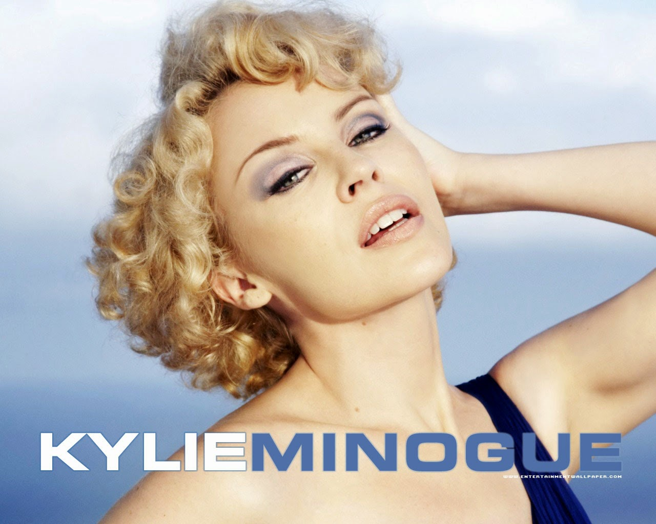 Kylie minogue into the blue echo 2014
