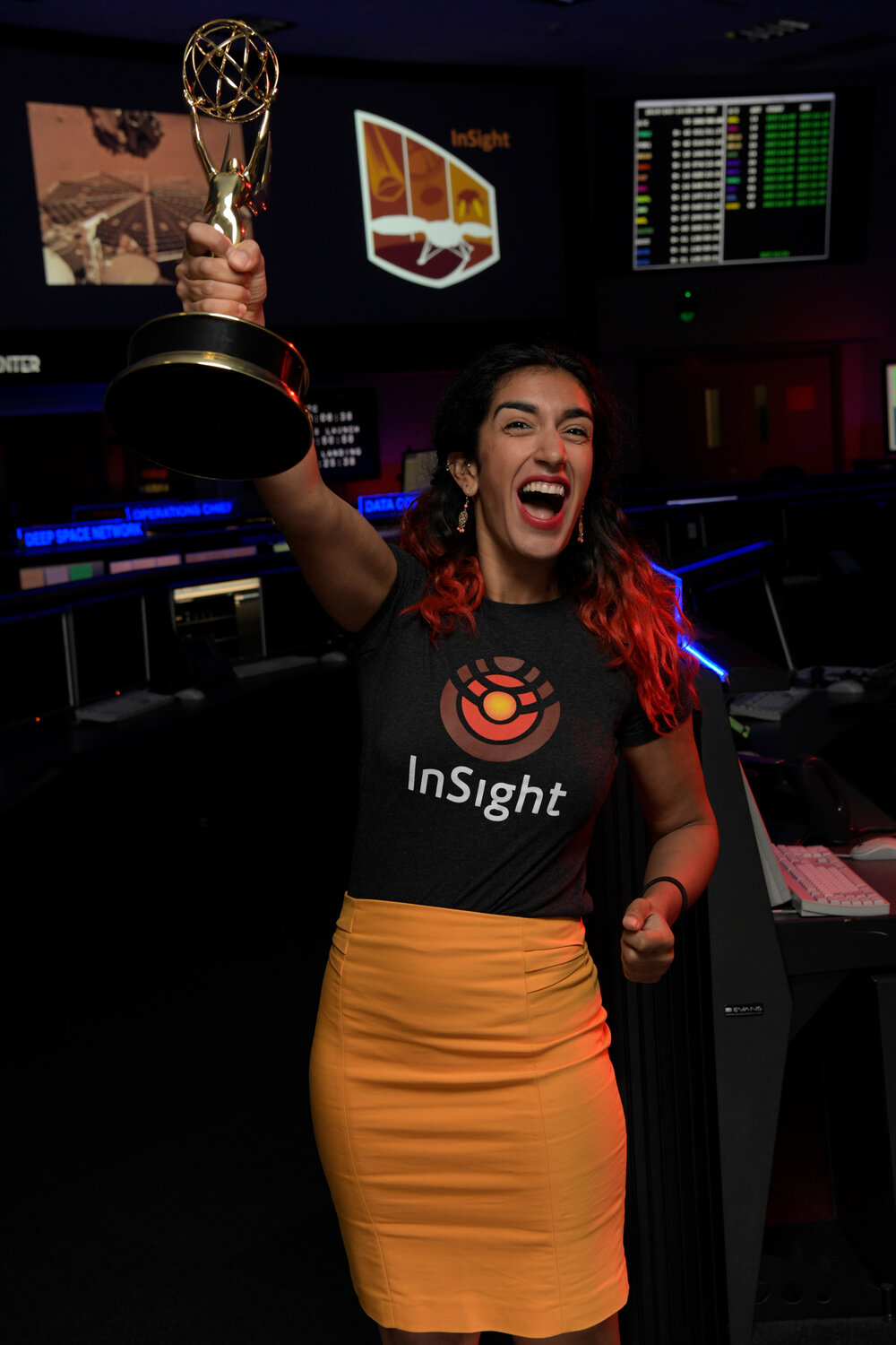 Farah Ali Bey ... a young woman entering history today after driving a NASA spacecraft on Mars