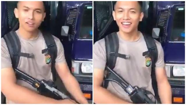 """Viral Polisi Kokang Senjata, """"Pacar Kamu Ganteng Kaya? Bisa Gini Gak?"""""""