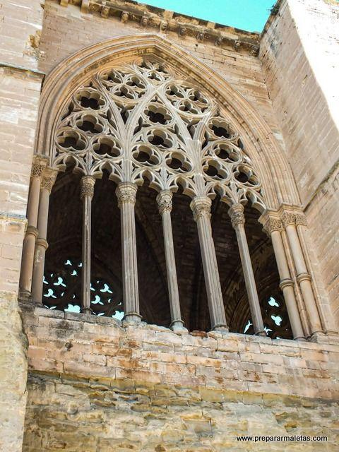 ventanales de la Seu Vella de Lleida