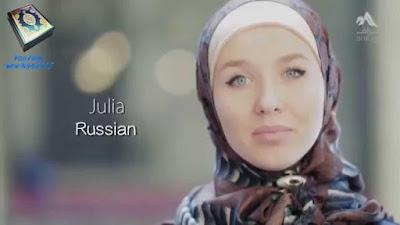 Kisah Mualaf Julia dari Rusia: Perempuan dalam Islam Itu Istimewa