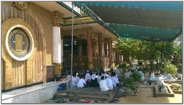 Pesarean Mbah Kholil;10 Top Destinasi Wisata Bangkalan;