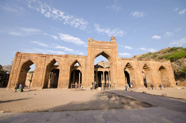 Adhai Din Ka Jhonpra Tourist Attraction Ajmer Rajasthan