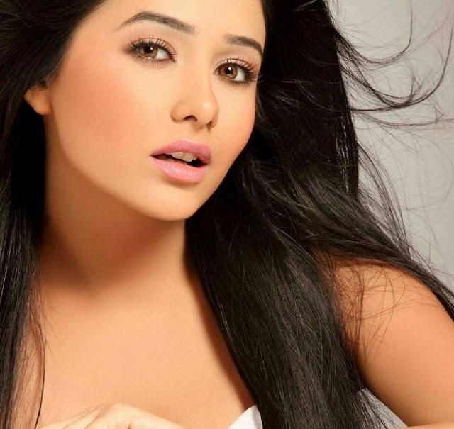 Biodata dan Profil Leena Jumani