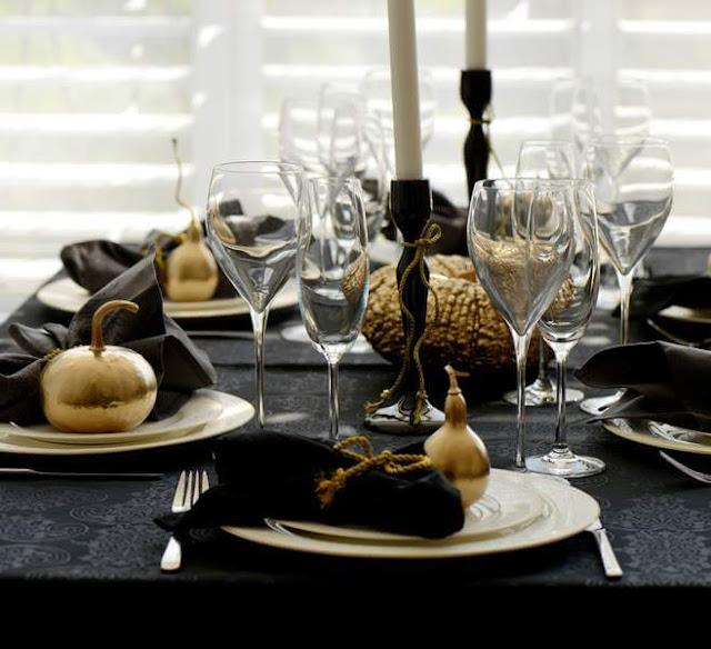 Nappe noir de table