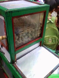 penjual baso bakar