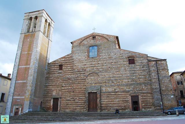 Duomo de Montepulciano en La Toscana