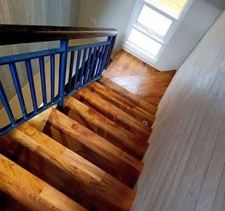 kayu pelapis tangga