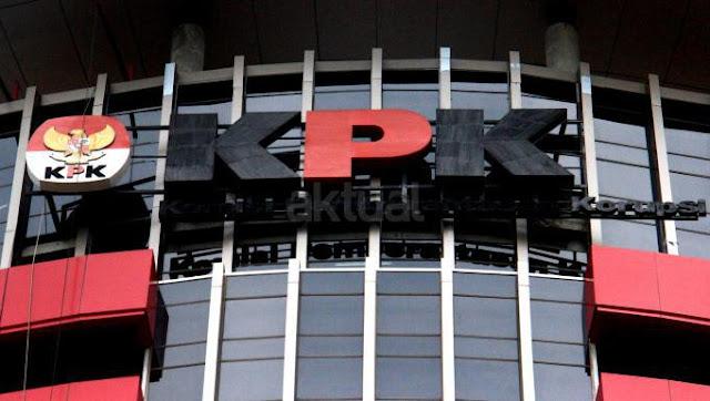 KPK Cocokan Bukti Aliran Dana Korupsi e-KTP ke Anggota DPR