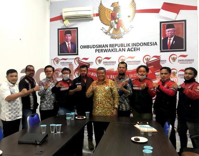 Ombudsman Aceh beri Penghargaan untuk Komunitas Cet Langet dan ERPA