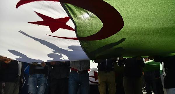 La France a répandu l'analphabétisme en Algérie, selon un conseiller du Président Tebboune