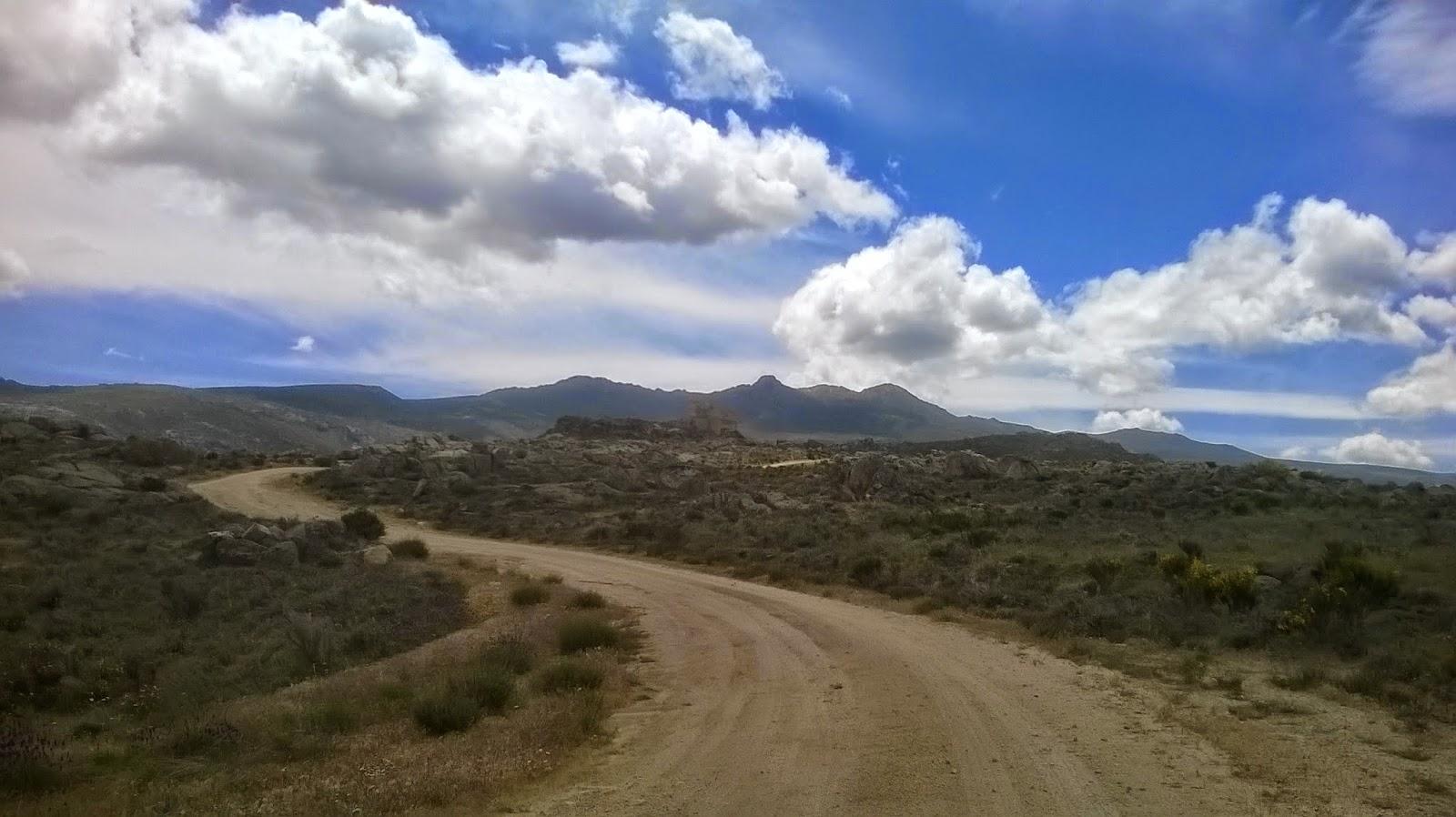 ruta en moto Castillo Auqueospese