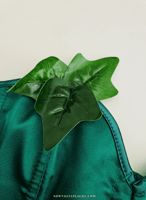 how to make Poison Ivy Cosplay Dress up Costume DIY Joker DC Halloween ideas inspo for Teens young college students halloween party