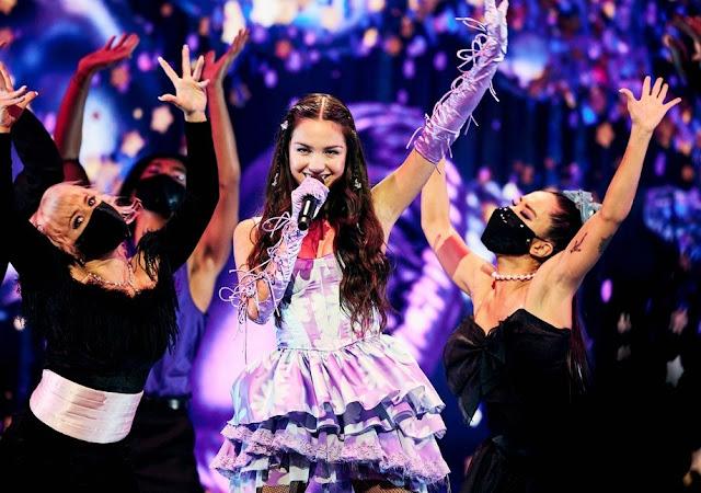 Olivia Rodrigo Having A Big Night at MTV's Video Music Awards 2021