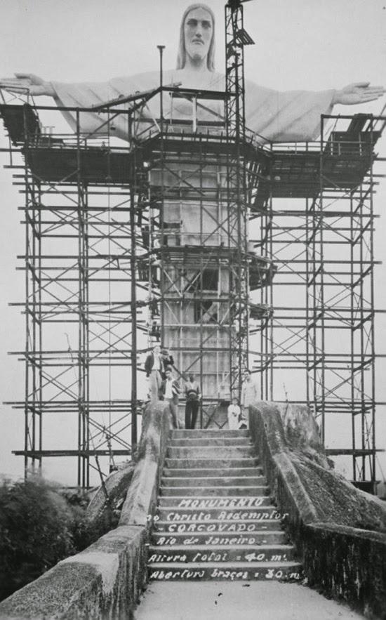 Cristo Redentor em construção