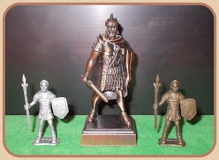 Caesar; Gladiators; Gladius; Legionaires; Made in China; Novelty Pencil Sharpener; Novelty Roman; Pencil Sharpener Novelty; Pencil Sharpener Roman; Plastic Gladiators; Plastic Romans; Quis es; Quo Vadis; Rack Toy Romans; Roman Auxiliaries; Roman Gladiators; Roman Legionaries; Roman Legionnaires; Roman Novelty; Roman Pencil Sharpener; Roman Soldiers; Romans On Foot; Small Scale World; smallscaleworld.blogspot.com; Unknown Romans;