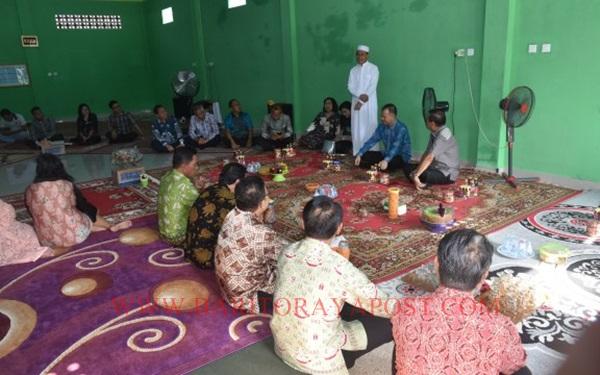 Bupati dan Wakil Bupati Gunung Mas Melakukan Kunjungan Silaturahmi Hari Raya Idul Fitri 1440.H