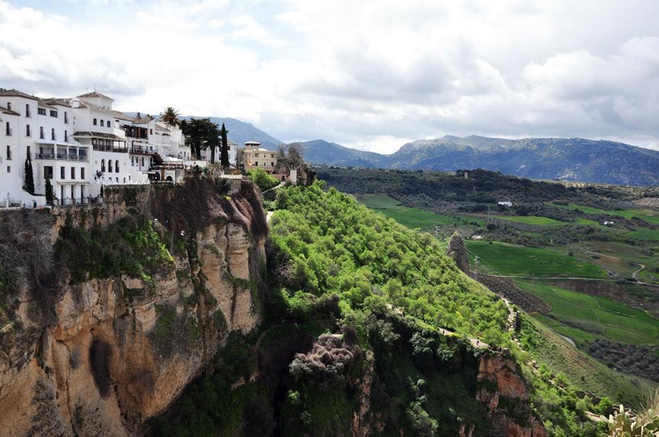 casas colgadas | puente nuevo | andaluzja | co zobaczyć