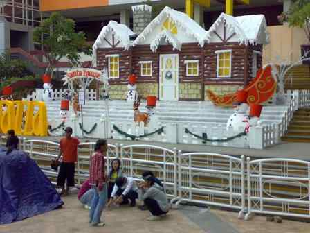 dekorasi event: imlek, natal, pameran, gathering, etc