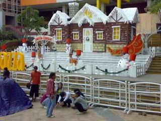 Dekorasi christmas (Natal) tema rumah dan boneka salju
