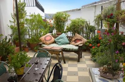 tips dekorasi teras rumah yang efektif | model desain