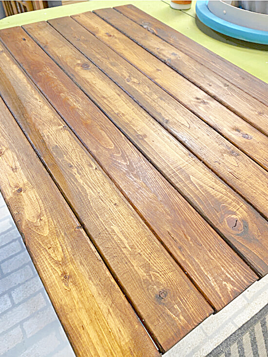 Stained picket pallet