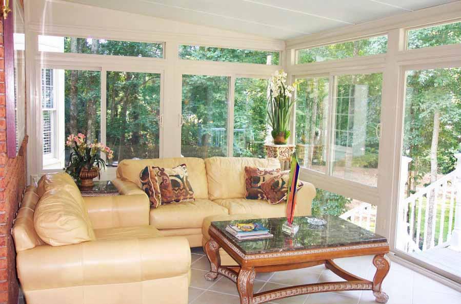 Desain Furniture Sunroom Untuk Ruang Santai Keluarga