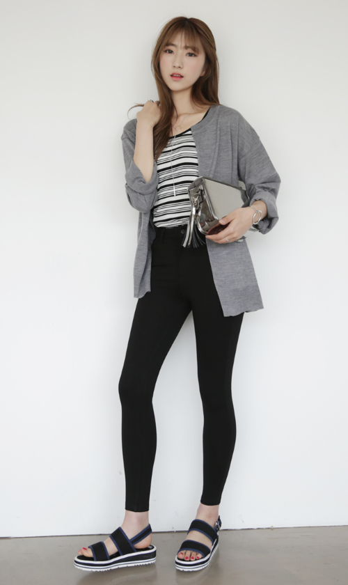 Slouchy Solid Tone Cardigan