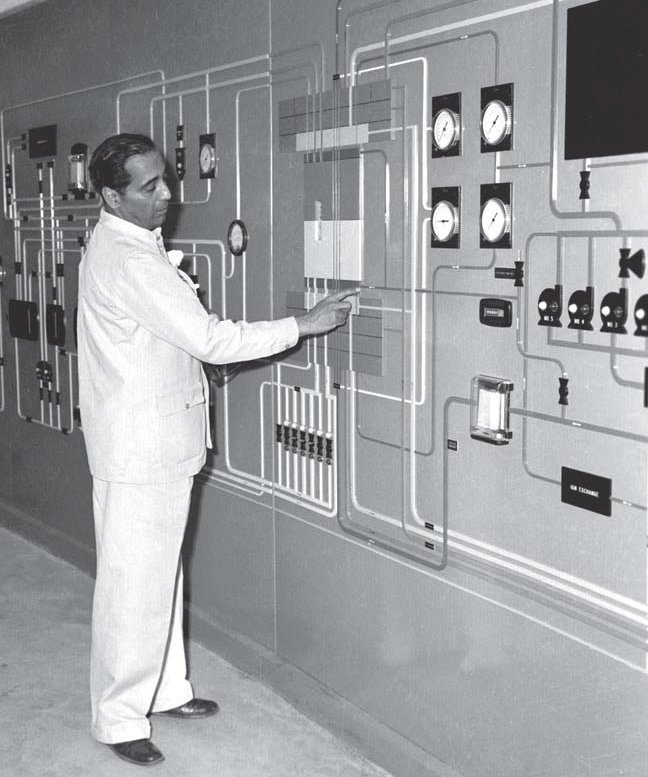 Dr. Homi Jehangir Bhabha - CIRUS Reactor - India