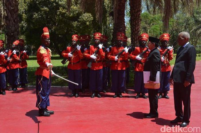 Mansyur Pangeran Dubes RI untuk Republik Senegal