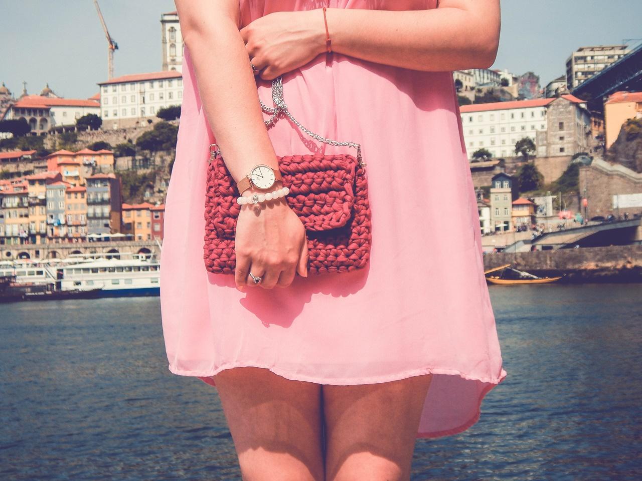 1 czy warto kupować w zaful gamiss sammydress dresslily porady recenzje opinie moje ubrania różowa sukienka z koronką stylizacja z wakacji porto co kupić w porto co zobaczyć w porto torebka