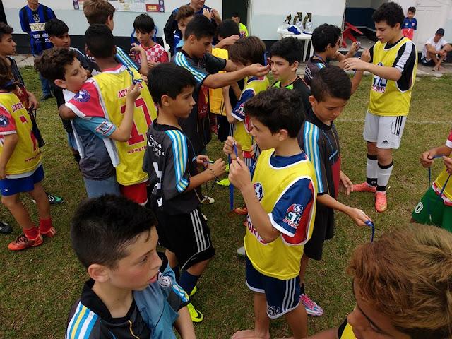 Festival de Futebol entre base de Grêmio e River