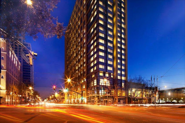 Designed for today's discerning traveler, San Jose Marriott is a stylish haven in an inspiring downtown location. Find your respite in newly renovated hotel accommodations with expansive layouts, plush bedding, ergonomic workstations and refreshing mountain or city views.
