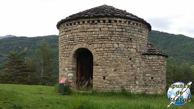 Iglesia de Sant Miquel de Lillet