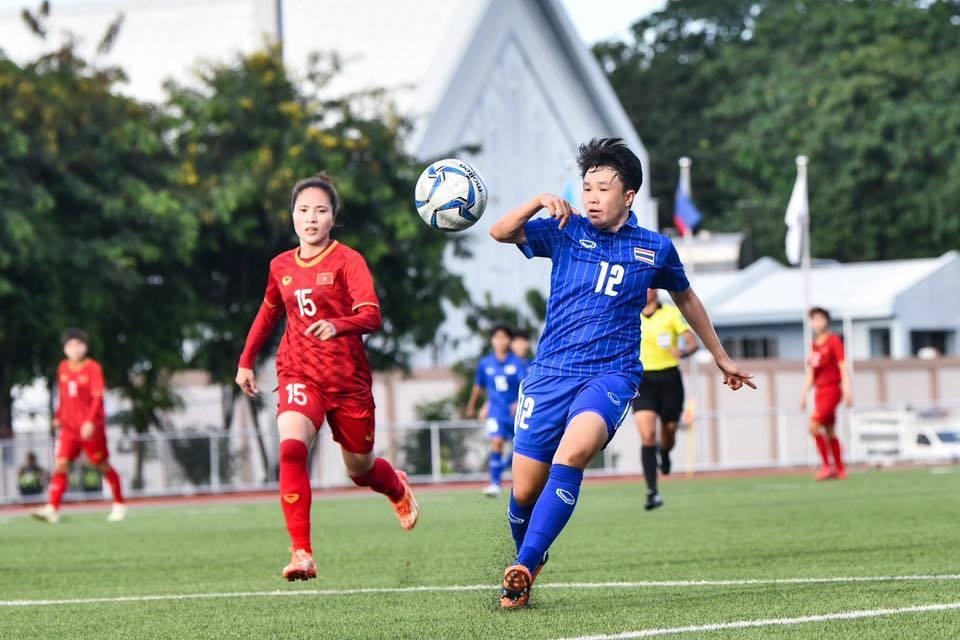 Nữ Việt Nam rơi điểm đáng tiếc trong ngày đầu bảo vệ ngôi hậu Truc-tiep-nu-viet-nam-vs-nu-thai-lan-sea-games-301574761150