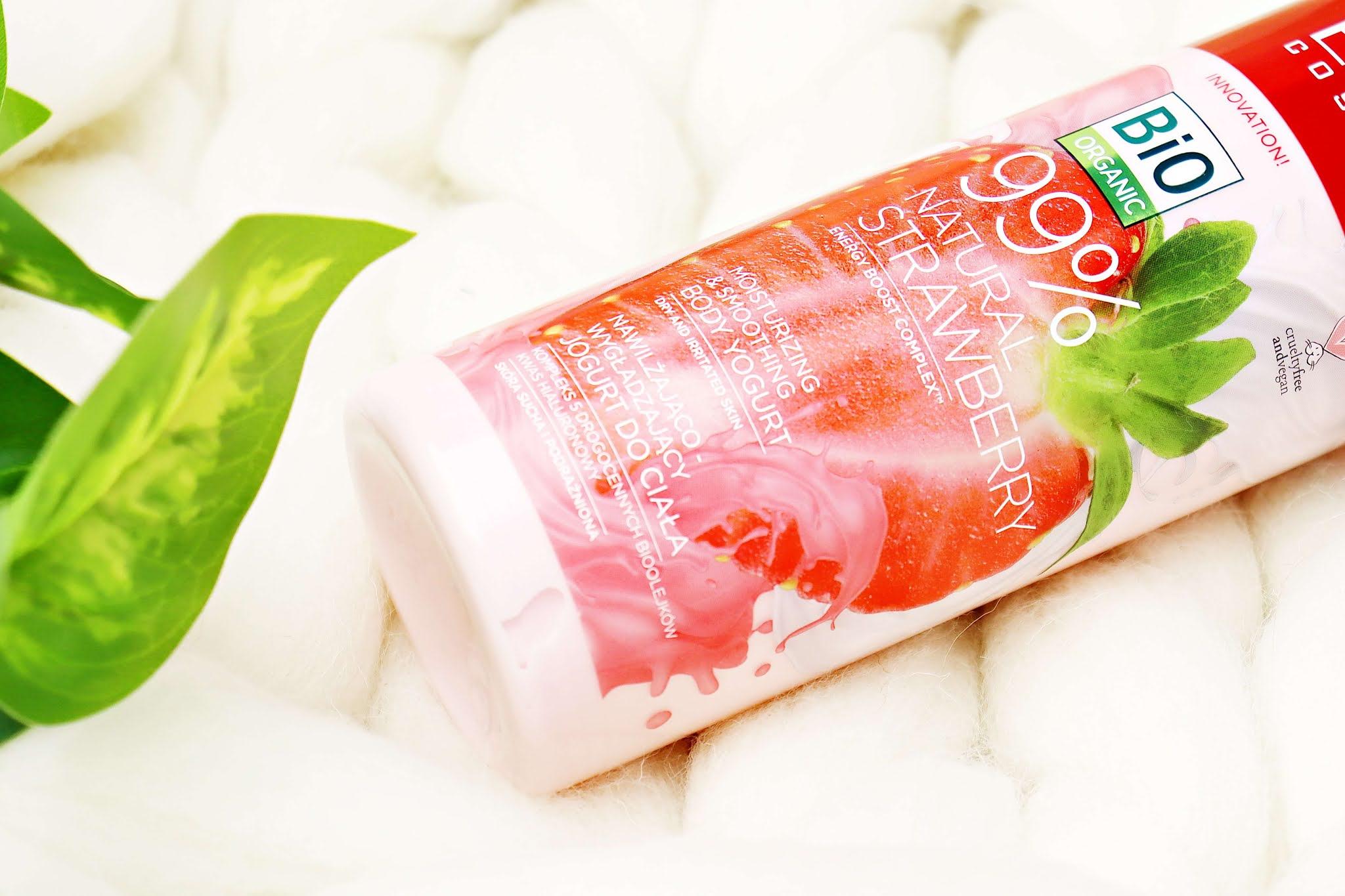 Jogurt do ciała Eveline 99% Natural Strawberry Nawilżająco-wygładzający