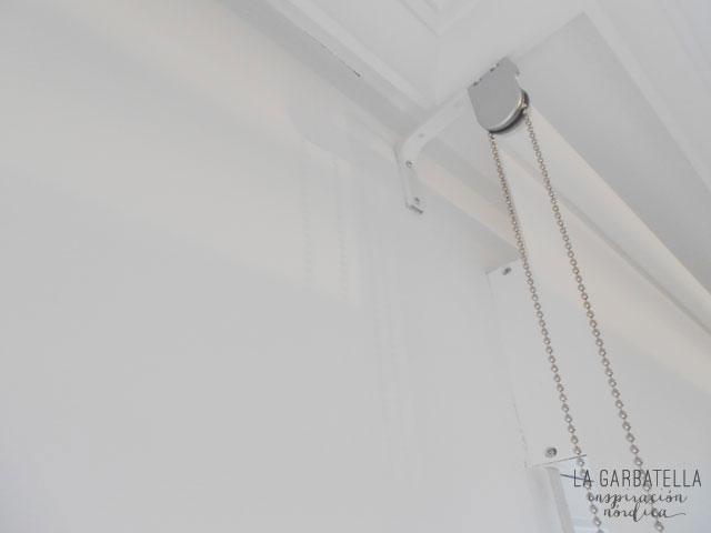Cómo salvar el cajón de la persiana al colocar estores