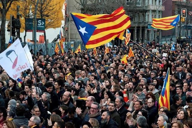 Ισπανία: Απονομή χάριτος στους φυλακισμένους ηγέτες της Καταλονίας