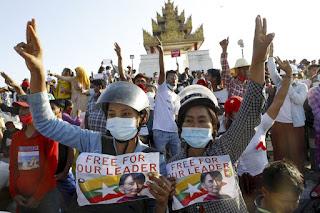 world-presure-to-ban-myanmar