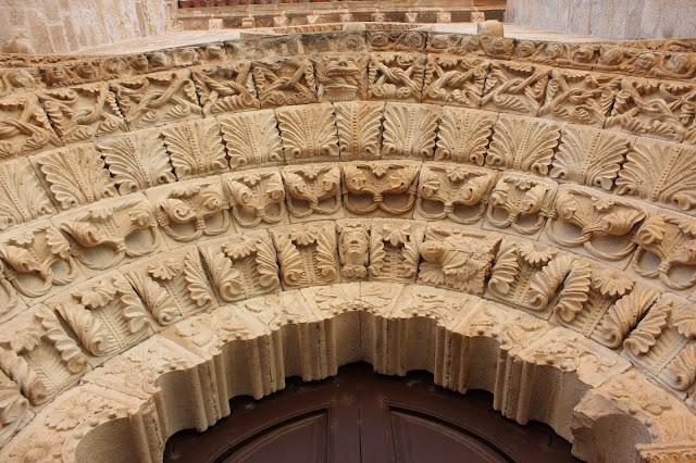 Portada de la iglesia de Santa María Magdalena. Zamora