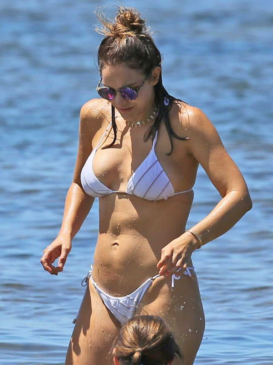 Katharine McPhee Hot Bikini Pictures
