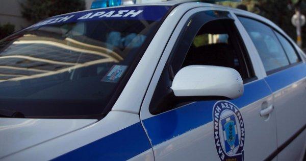 Μηχανόβιοι έπεσαν με «σούζες» πάνω στο «μπλόκο» της αστυνομίας στο Μαρκόπουλο - Ο κόσμος δεν αντέχει άλλο (βίντεο)