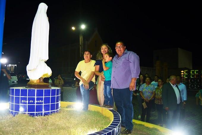 João Câmara: Rotatória da praça Antonio Justino ganha imagem de Nossa Senhora de Fátima
