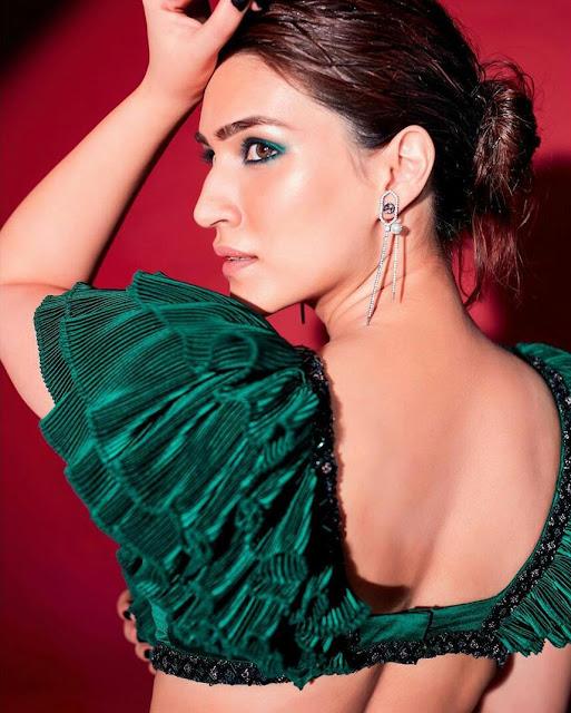 Kriti Sanon HD Wallpaper in Green Dress