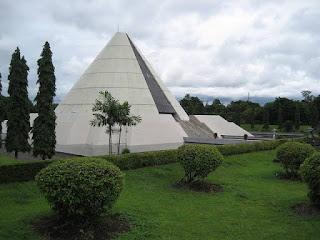 Monumen Jogja Kembali (wikipedia)